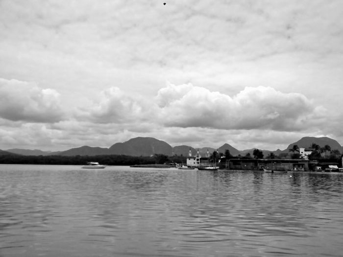 P&B Sea Boats Clouds And Sky Guarapari