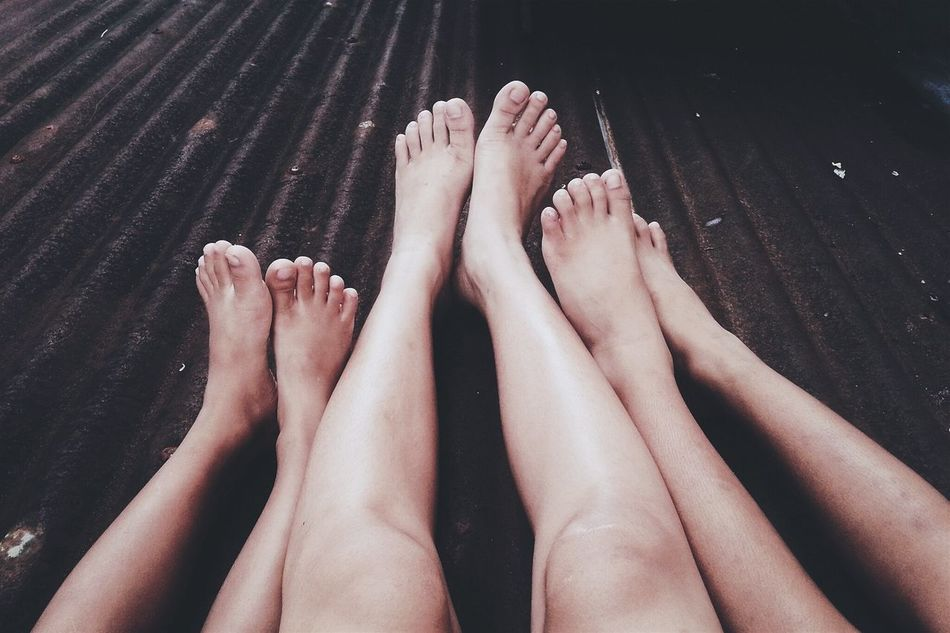 Bond a little more. Feet Roofing Cousins ❤
