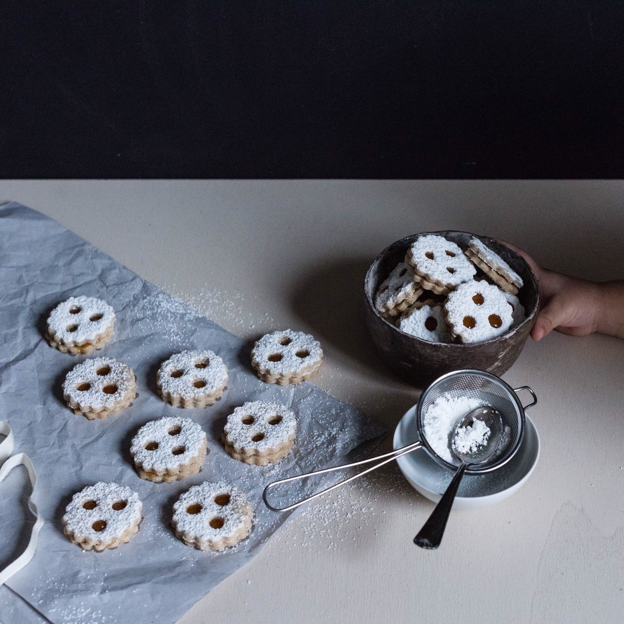 Baking Food And Drink Sweet Food Food Human Hand Ready-to-eat Low Key Foodstyling Foodphotography Still Life Food Photography Lifestyle Photography Food And Drink Linzer Augen Moments Of Life Cooking Baking Cookies Cookies Fresh On Market 2016
