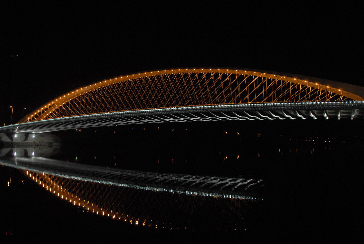 Bridge Trojský Most Prague Czech Republic Nightphotography Mirroring In Water Orange Color Architecture Ribbing Lighting Wire Functional Beauty Transportation Czech Republic🇨🇿