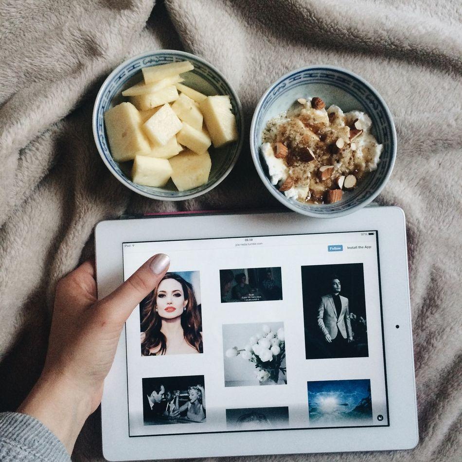 Ipad Enjoying Life FreeTime Check This Out Food Tumblr Likeforlike Bed Hi! Hello World Relaxing Enjoy Pineapple Greekyogurt