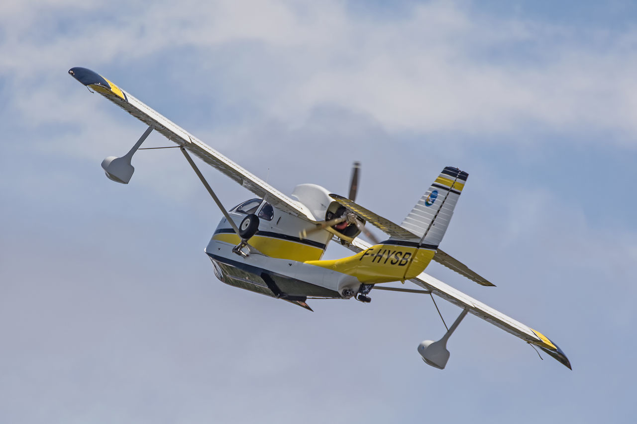 Aircraft Airplane Airshow Biscarrosse Blue Cloud Cloud - Sky Cloudy Day Flight Flying Flying Spirit à Biscarrosse 2016 Low Angle View Meeting Mode Of Transport Nature No People Outdoors Pole Seabee Seaplane Sky Yellow