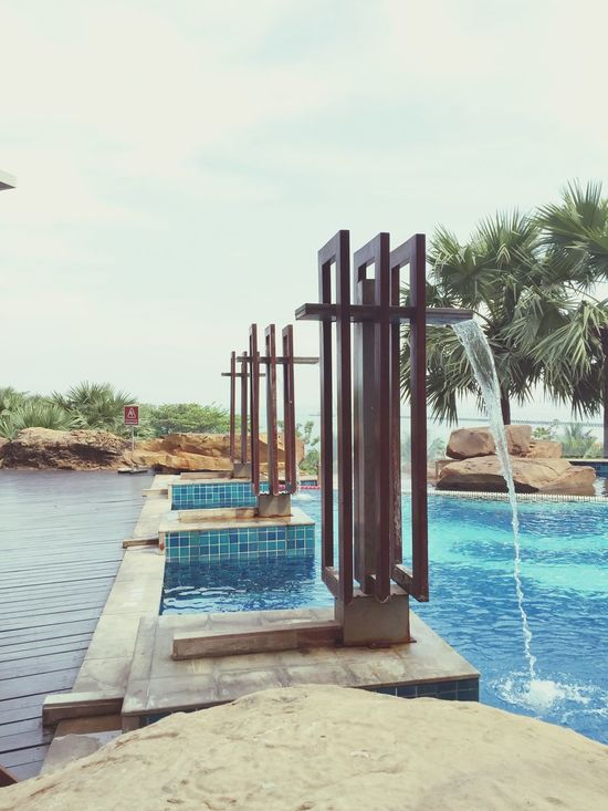 Throw the bad things, get the new one Bright Day Fountains New Start Poolside Stones Pattaya Pattaya Thailand Relaxing Moments Beach And Sand Bright Sky