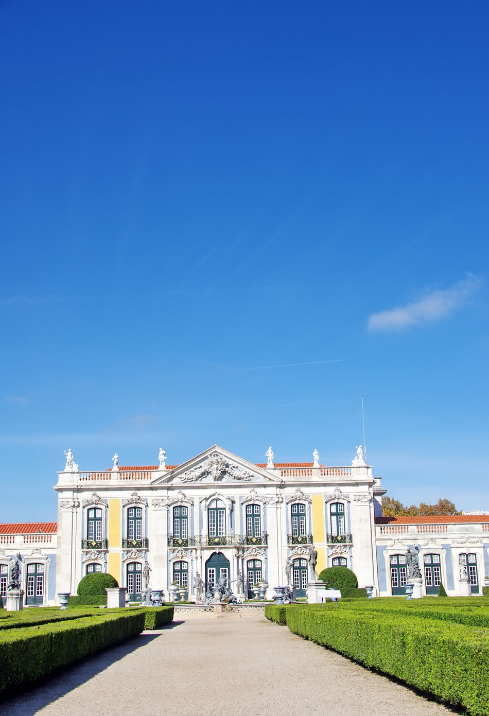 Queluz National Palace,Sintra, Lisbon district, Portugal Architecture Baroque Architecture Building Exterior Built Structure Capital Cities  Culture Exterior Façade Famous Place Historic Human Settlement International Landmark Outdoors Palacio Nacional De Queluz Queluz Residential District Tourism Travel Travel Destinations