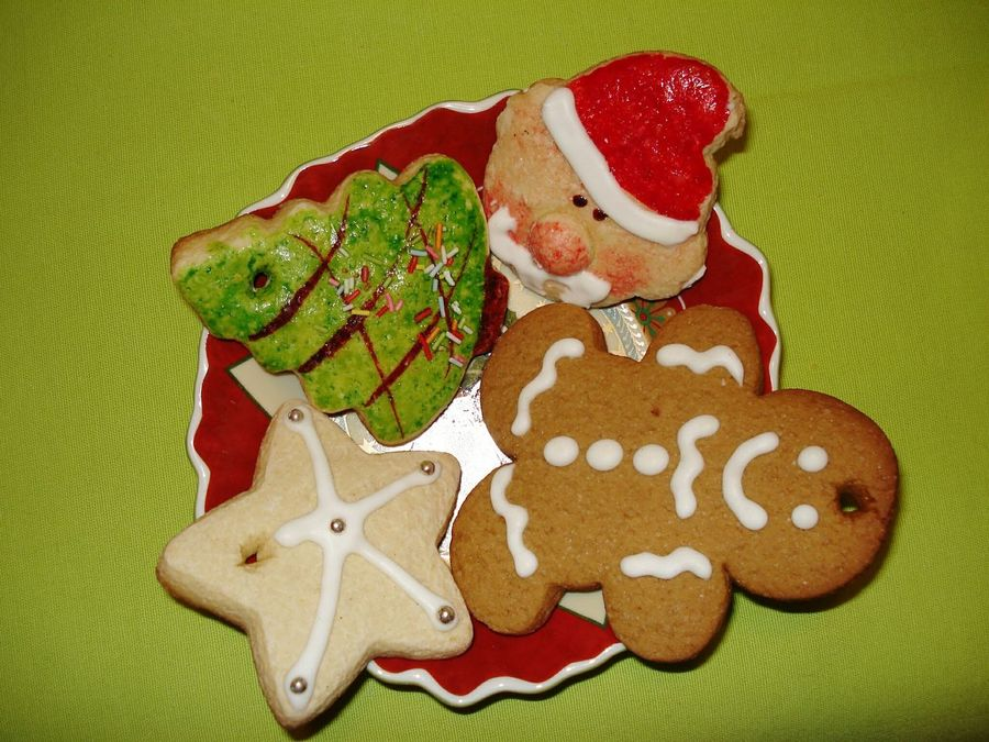 Christmas Around The World Christmas Time Christmastime Christmasfood Christmas Cake Biscuits Christmas Biscuits Portugal Christmas Food Holiday Desserts