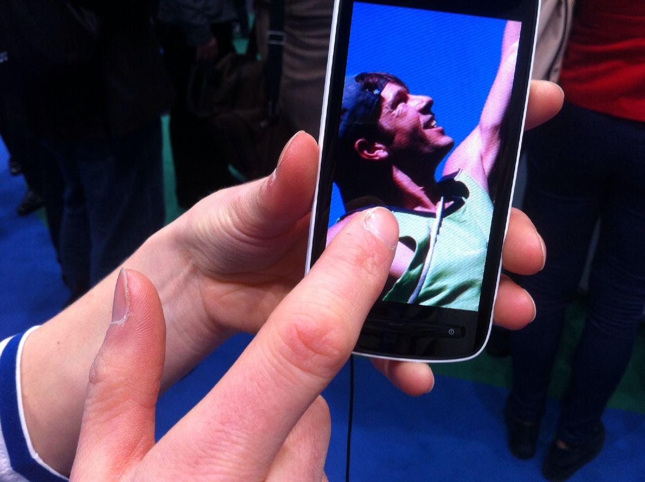 41 f*cking mega pixel at Nokia @ MWC 2012 (Hall 7) 41 F*cking Mega Pixel