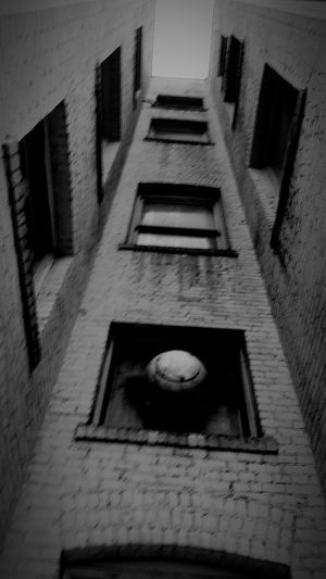 Things are shabby but they're looking up. EyeEm Best Edits Eye4photography  Blackandwhite Black And White Street Photography Building Exterior Old Buildings Urban Geometry