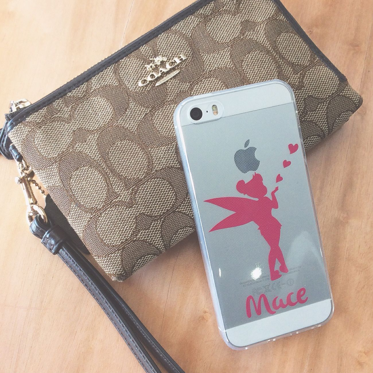 Little stuffs. 💕 IPhoneography IPhone Iphone5s Decals Phonedecals Names Tinkerbell Cute Coach Pouch Coachbag