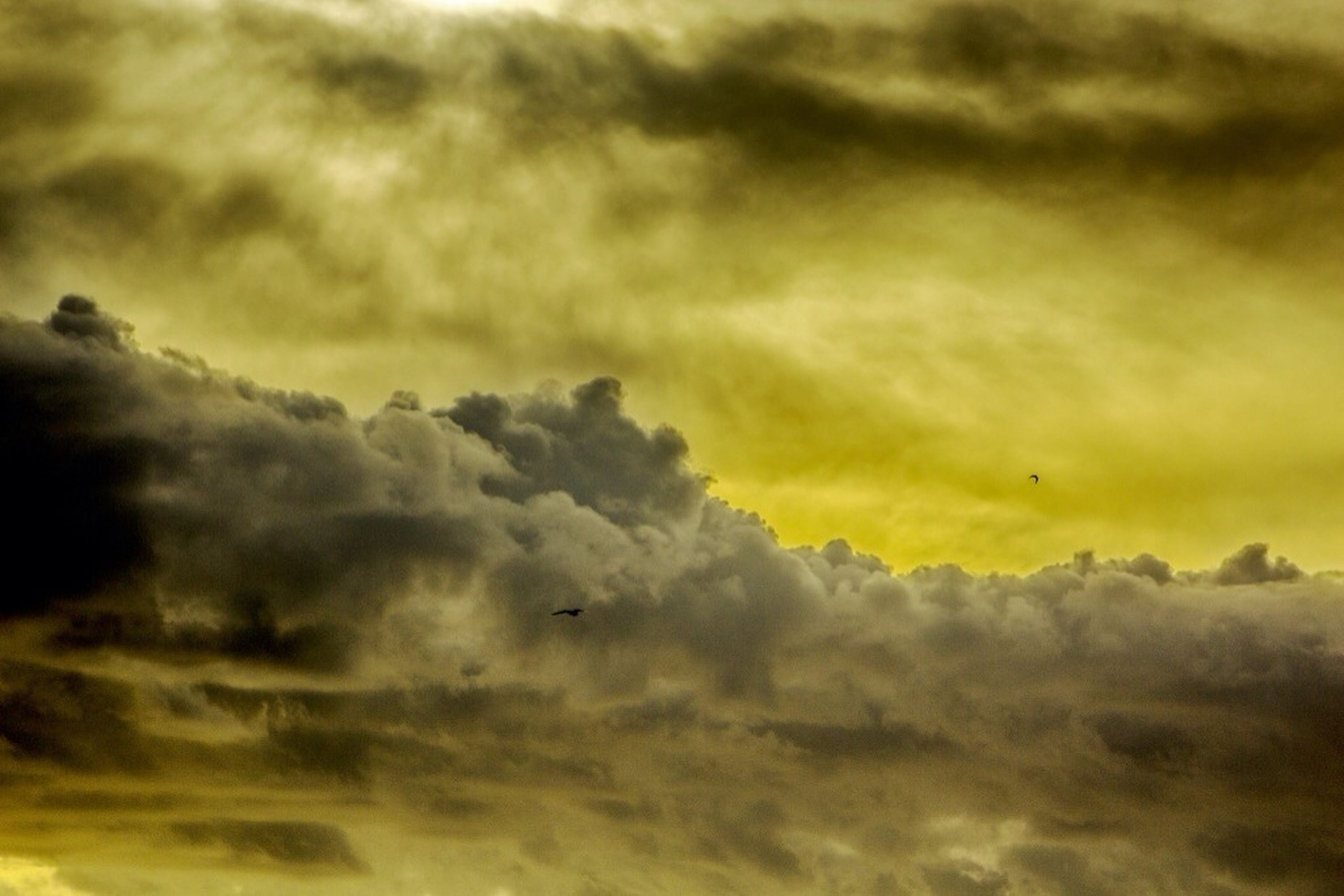 cloud - sky, sunset, sky, cloudy, beauty in nature, scenics, weather, cloudscape, nature, tranquility, tranquil scene, dramatic sky, orange color, backgrounds, overcast, idyllic, full frame, sky only, cloud, low angle view
