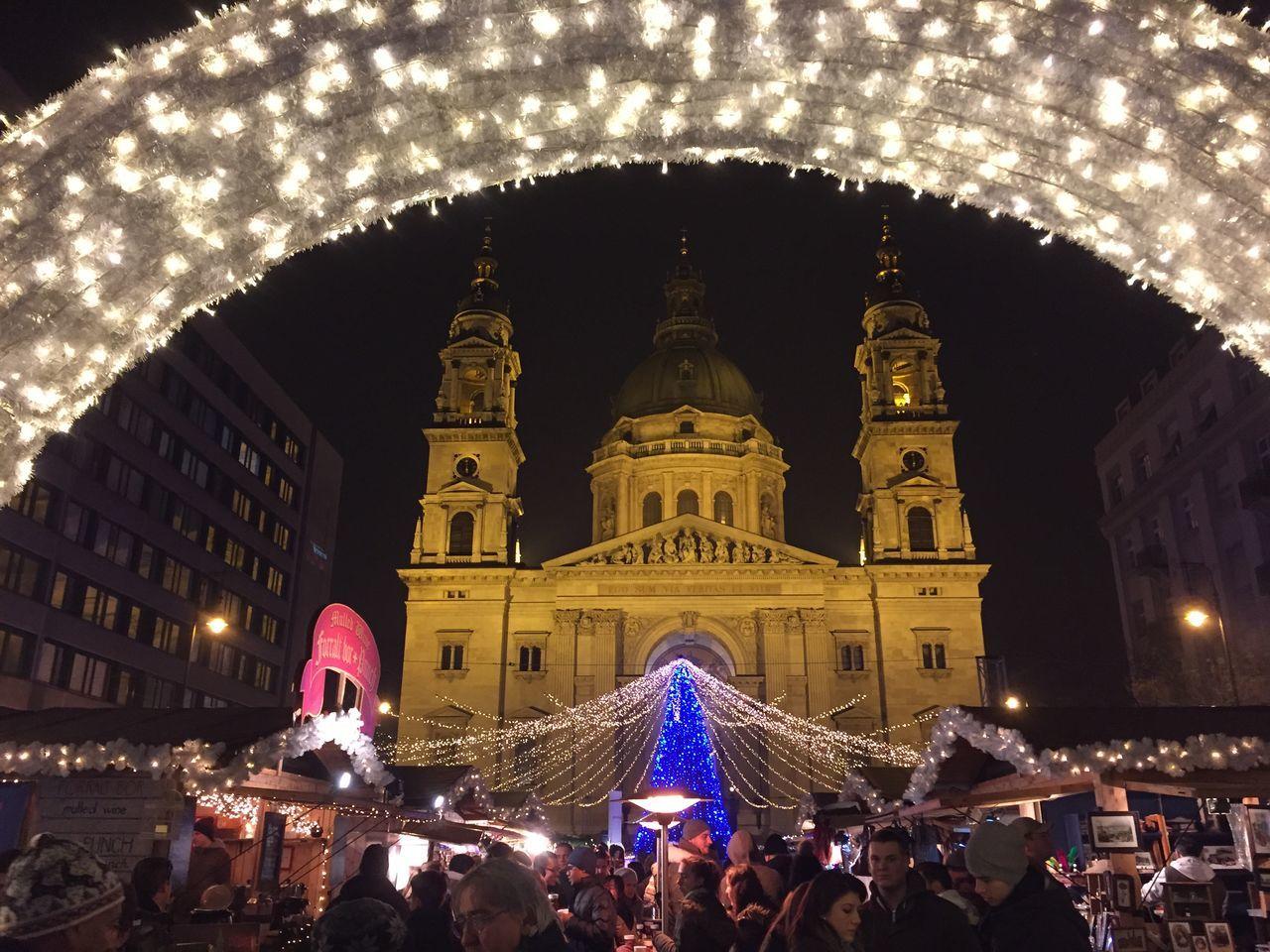 Budapest, Hungary Magyarország Bazilika Advent Adventmarket Christmastime Christmas Tree Christmas Lights Christmas Christmas2015🎄🎅🎁 December DECEMBER2015 Karácsonyi Fények Karacsony Karacsonyivasar Hungarianchristmas