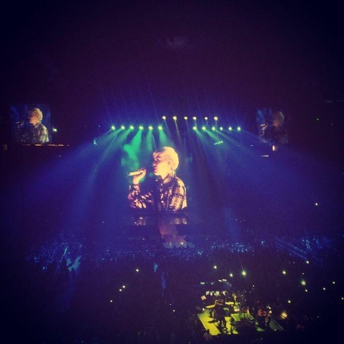 Digge damaa Gal Mileycyrus Concert AmwayCenter  orlando wecantstop