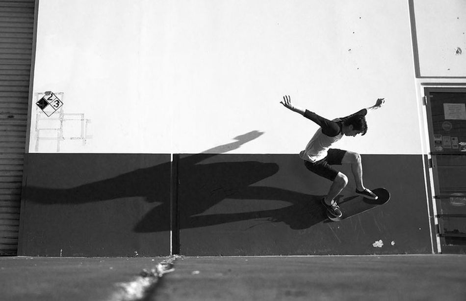 Riding the concrete wave. Creative Light And Shadow Losangeles Skateboarding The Phoblographer