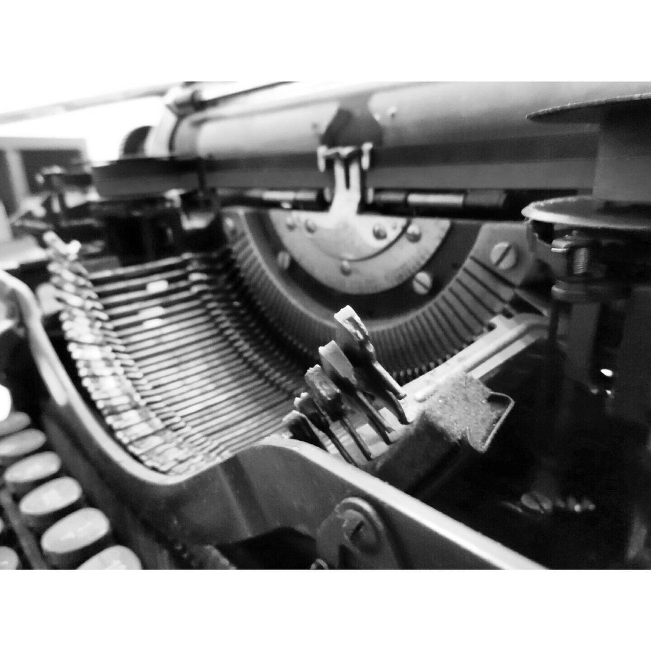 Typewriter Daktilo Letters Hgstudyo