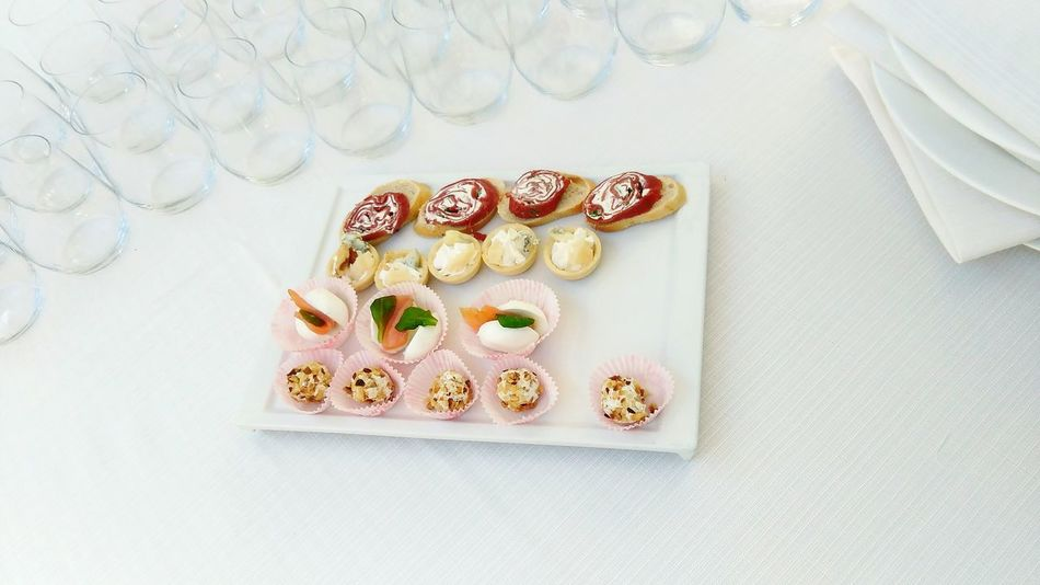 Rome Canapes Weddingparty Wedding Food White When In Rome Casina Valdiera Casiná Drinking Glasses