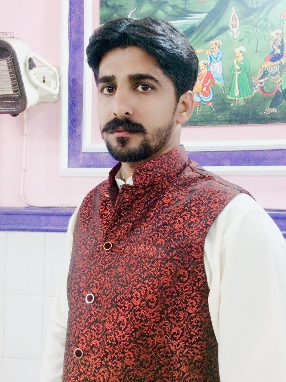 My City Dhaunkal Looking At Camera Selfie ✌ Beautiful Pakistan Young Men First Eyeem Photo Today's Hot Look Hi! With Friends That's Me Hello World Smiling Enjoying Life