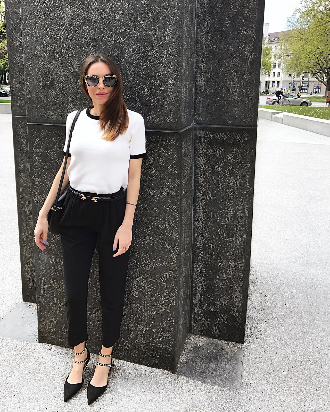 Sunglasses One Person Portrait Standing Looking At Camera Young Adult Full Length One Woman Only Fashion Black Color Young Women One Young Woman Only Casual Clothing Adult Day Long Hair Only Women Outdoors Fashion Model Women Fashion&love&beauty Sunny Day Saturday Lovefashion Blackandwhite