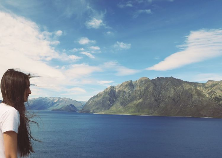 Lakeside Cloud - Sky Girl Horizon Over Water Lake Wakatipu Mountain Nature New Zealand One Young Woman Only Outdoors Sky Water