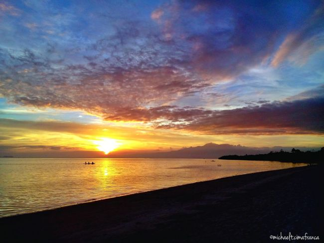 Sunset and Calmness Sunset #sun #clouds #skylovers #sky #nature #beautifulinnature #naturalbeauty #photography #landscape Siquijor Itsmorefuninthephilippines Sanjuan Visitph2015 Beachphotography Wowphilippines 3March.WhiteVillas