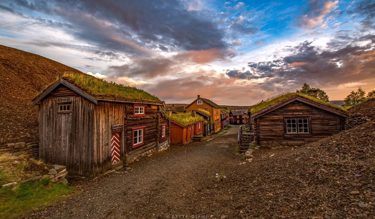 Sleggveien, Røros EyeEm Best Shots - Landscape Bergstaden Norway EyeEm Best Edits HDR Collection Landscape_Collection The Essence Of Summer EyeEm Nature Lover City Life City_collection Cityscapes City EyeEm Best Shots EyeEm Best Shots - Sunsets + Sunrise Sunset_collection Huffington Post Stories Eye4photography  EyeEm Masterclass