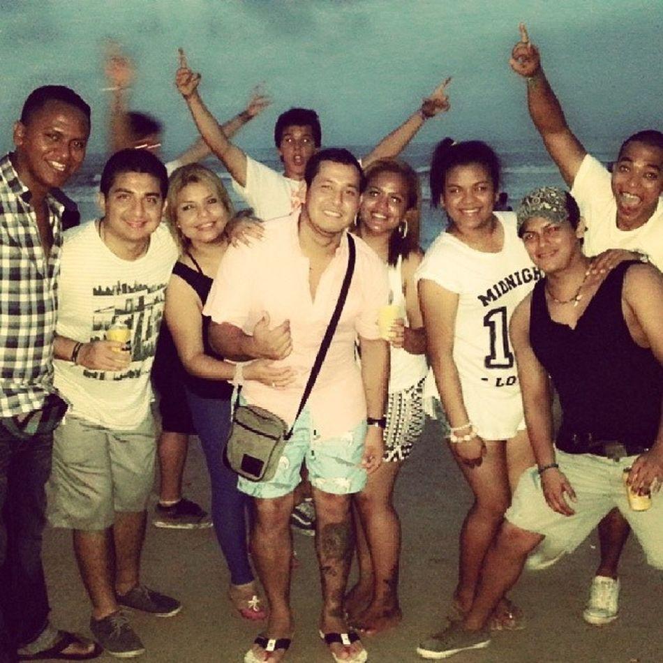 Comenzandoel2014 Friends Bros Beach Party Celebration El2014esmio