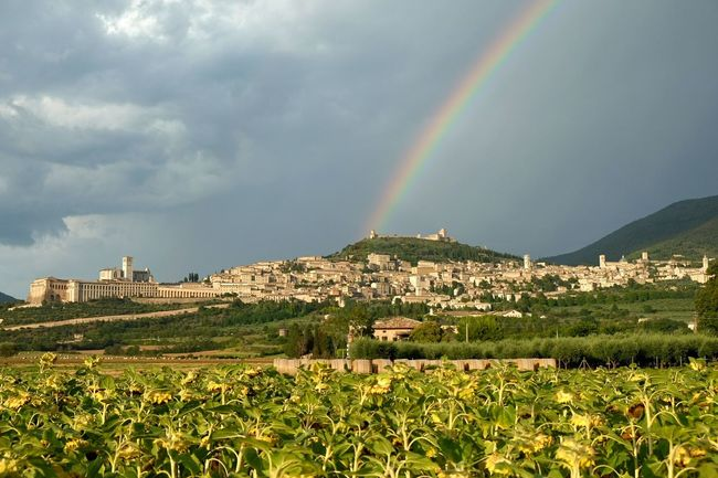 Assisi Assisi Italy  Raimbow Storm Storm Cloud Stormy Weather Stormsky Italy🇮🇹 Umbria Landscape Getting Inspired Fujifilm X-E2 Fujifilm_xseries Fujifilm Nationalgeographic