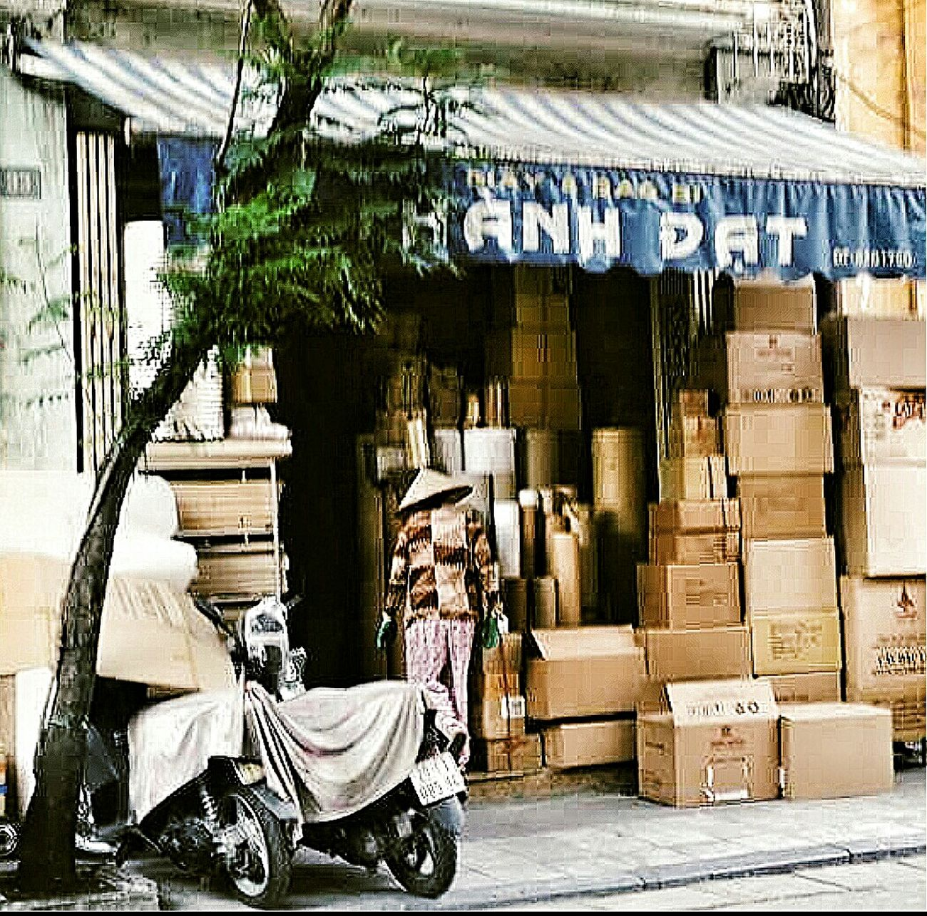 Shop Boxes Non La Hanoi Vietnam Travelphotography Streetphotography