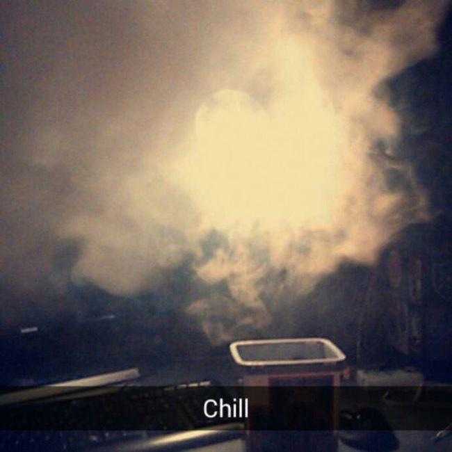 Chill Czill Chilling Vapee volimizer e_cigarette eudzt jutro school 😔