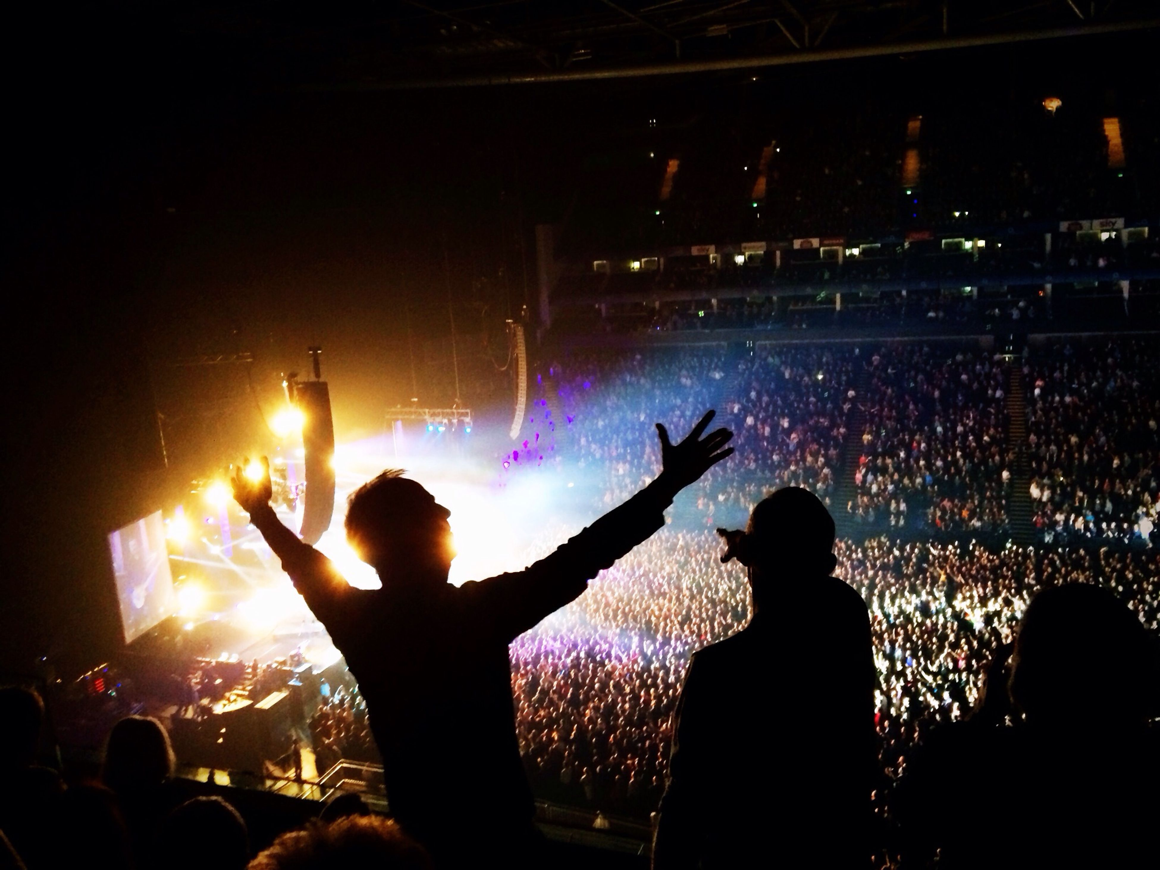 enjoyment, arts culture and entertainment, music, lifestyles, large group of people, event, illuminated, fun, nightlife, leisure activity, crowd, person, performance, men, concert, popular music concert, stage - performance space, excitement, music festival