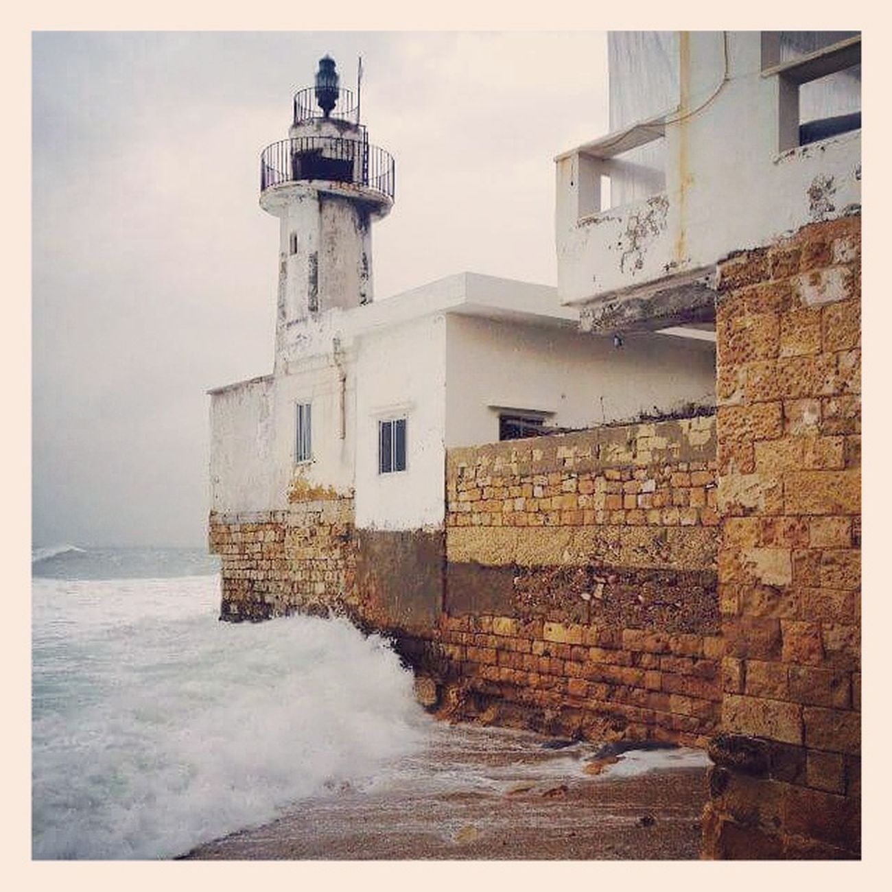 Lighthouse Building Exterior Architecture Travel Destinations Nature Sea Sky Old Buildings Old Town Tyre Sour Lebanon Lebanon In Photos Lebanon_tourism