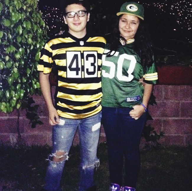 NFL time ... Greenbay Packers vs. Steelers