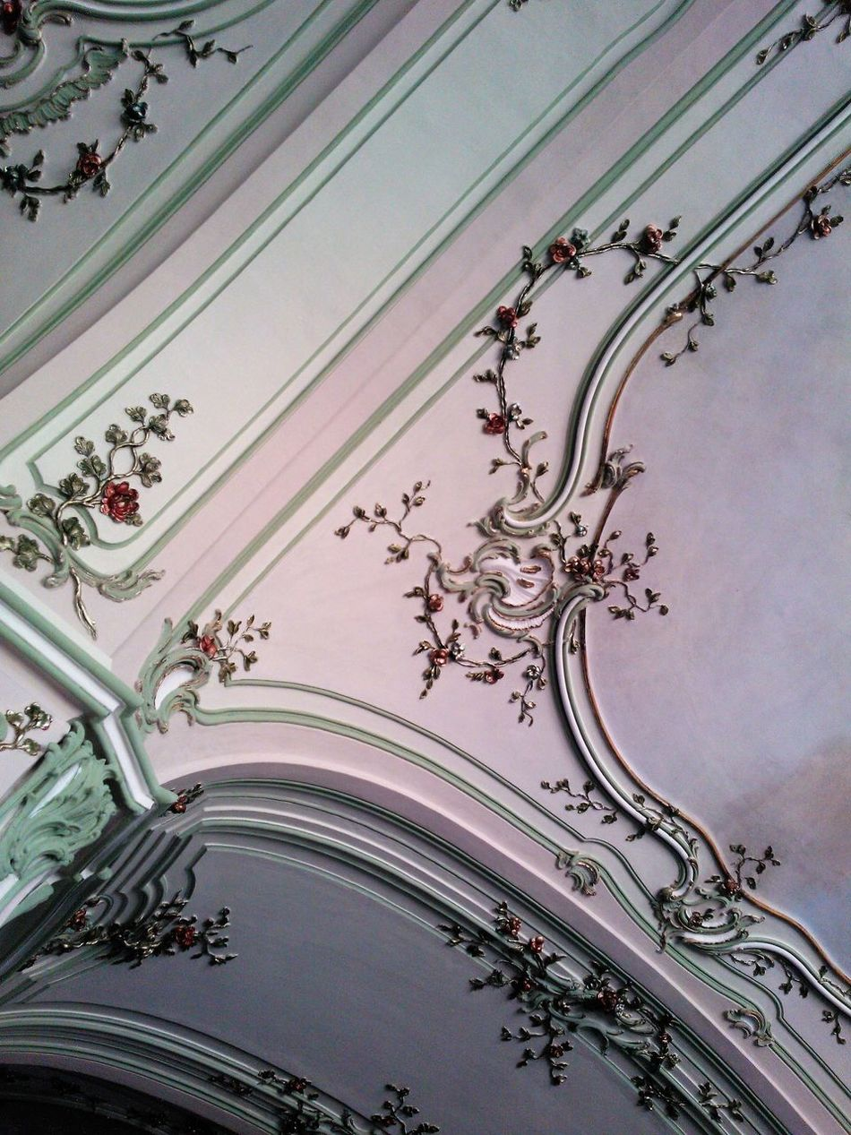 Architecture Art Arts Culture And Entertainment ArtWork Backgrounds Ball Room Castle Ceiling Close-up Day Decoration Design Flower Forms And Shapes Full Frame Hall Indoors  Low Angle View No People Ornaments Room Room Decor Textures And Surfaces Tourist Destination Wall