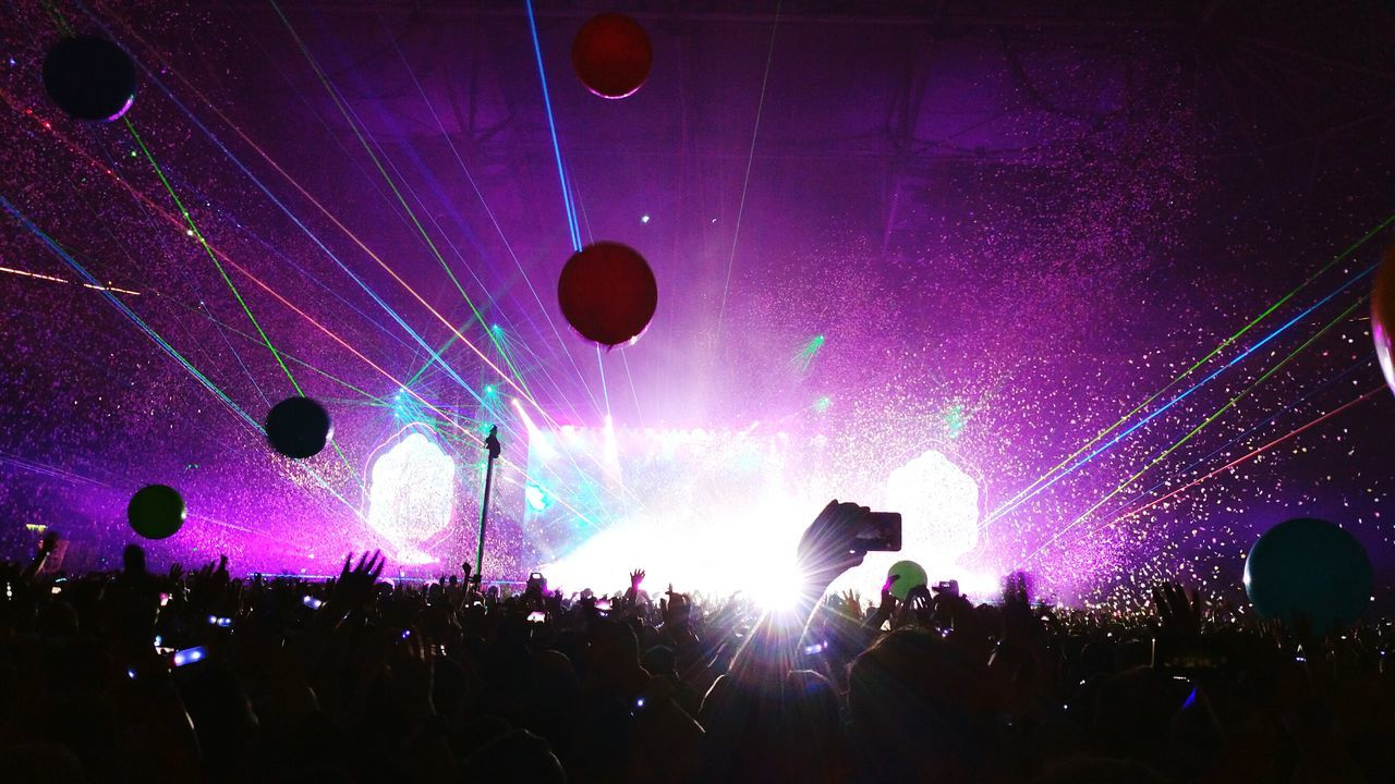 Popular Music Concert Night Large Group Of People Arms Raised People Party Time! Togetherness Coldplay Concert  Coldplay Colour Adventure