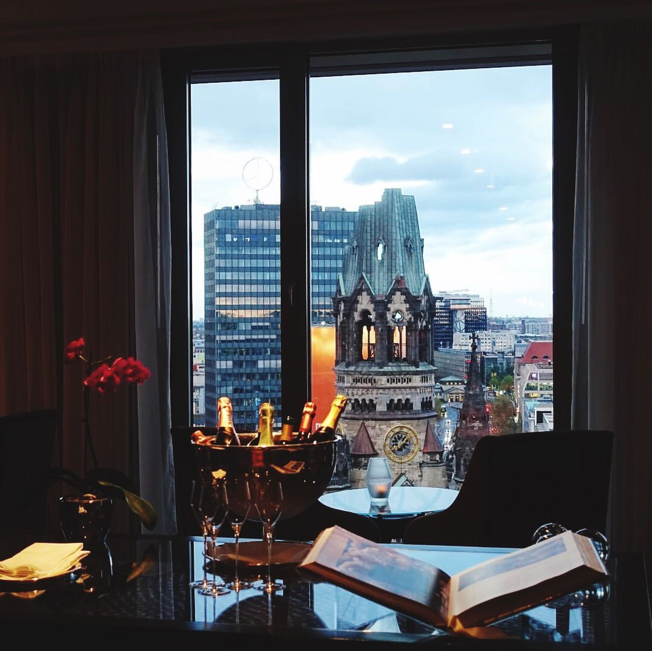 Berlin Waldorf Astoria Window Indoors  Table Day Home Interior Built Structure No People Sky Architecture Luxury Hotel Cityscape