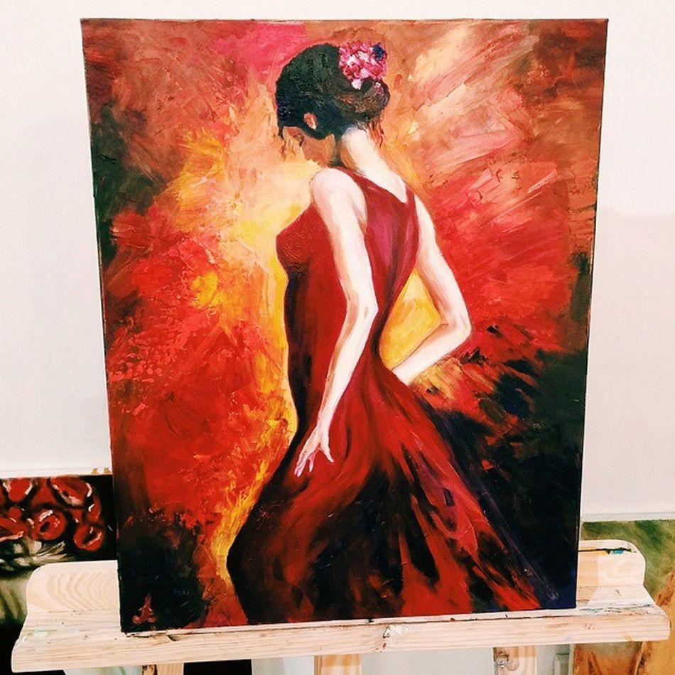 """- Саша, а где ее левое ухо? - Так вот же они. Аж два!🙈 P.S. Дорисовала. Перед началом думаю """"вот буквально минут 30, я закончу свою красотку и начну что-нибудь новое рисовать""""🙆 Тыдыщ! И три часа как не бывало⏳ Udivi_dali Udividali удивидали удиви_дали Fabianperez Fabianperez_art Fabianperezpainting Flamencowoman фламенко Flamenco Beautifulwoman Beauty Oilpainting Oilpaints картинамаслом масляныекраски палитра Рисование Painting красивыелюди Flamencodancer Flamencogirl Art Beautifulhands Blackandred redandblack мастихин mestichino красотка ears"""