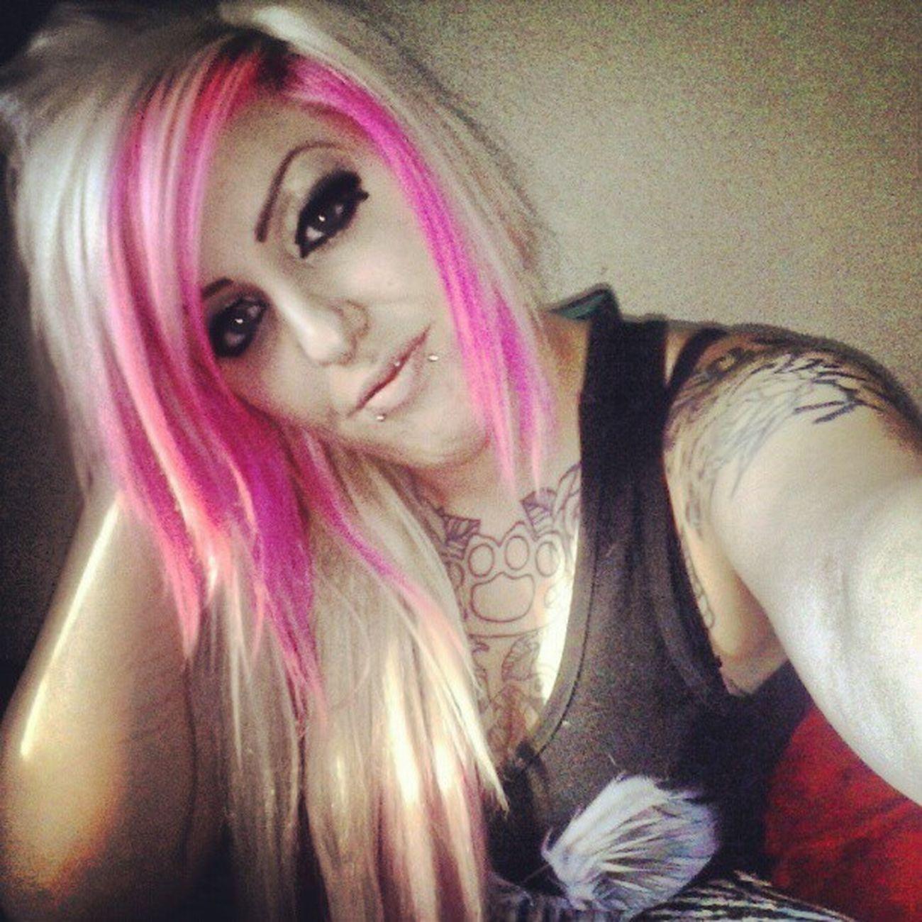 Tattoos Happygirl Girlswithtatoos Girlswithpiercings blondiepinkhair