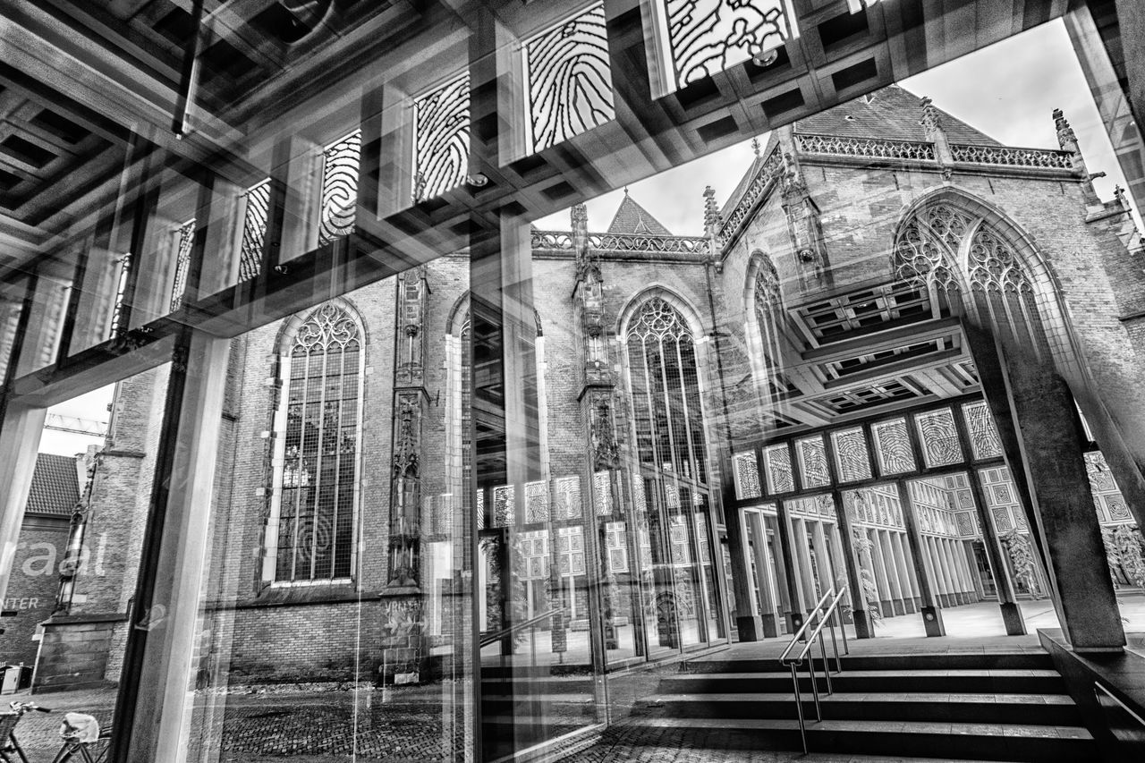 Cityhall reflections @ Deventer Arch Architectural Column Architecture B&w Blackandwhite Building Exterior Built Structure Bw Cityhall Day Indoors  Lines Low Angle View Monochrome No People Pattern Place Of Worship Reflection Religion Spirituality