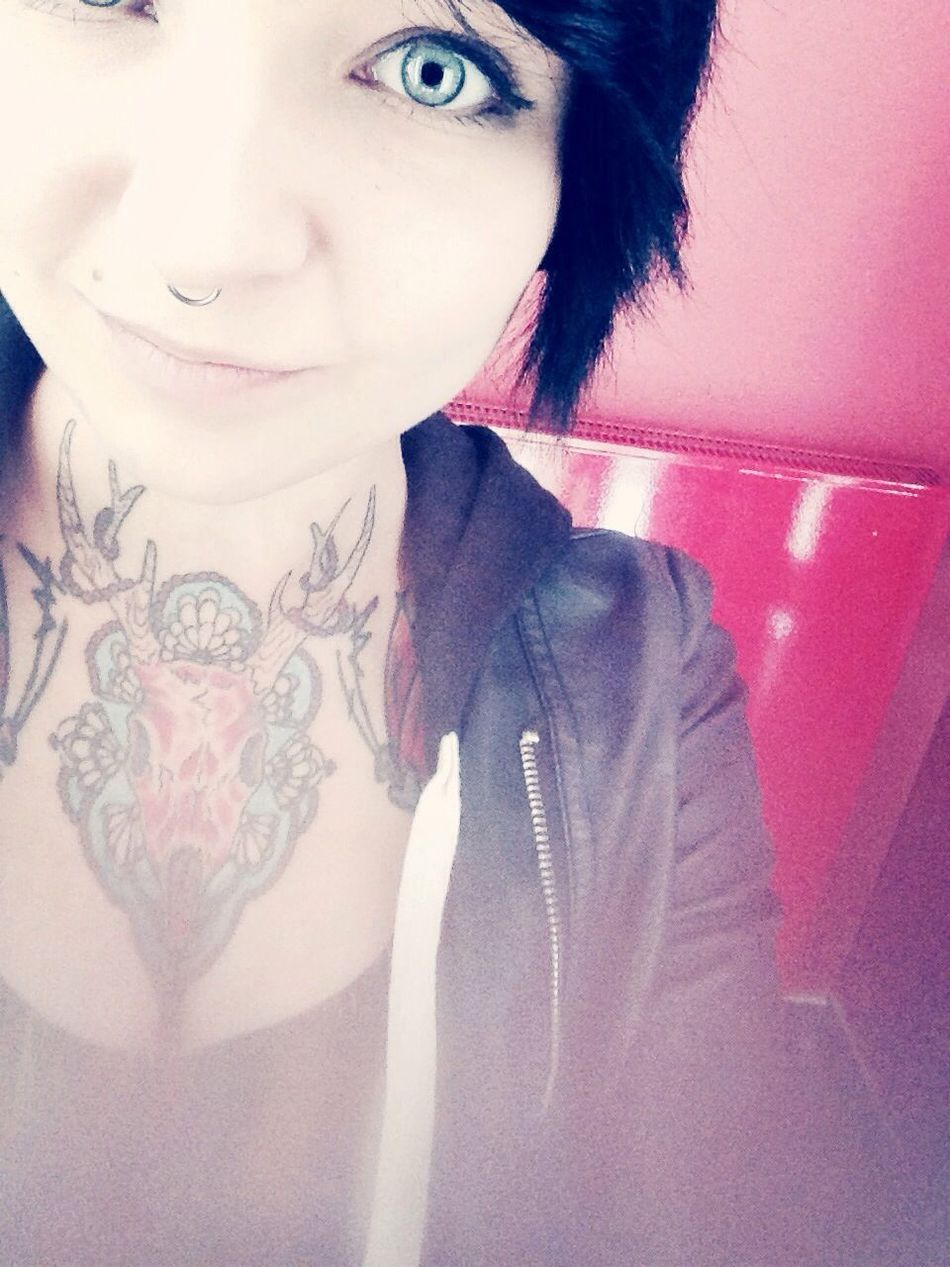 Blue Eyes Tattoo Girlswithtattoos Girl