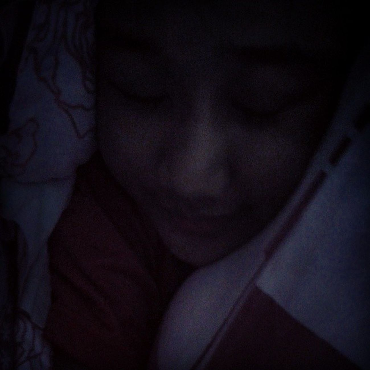Goodnite world :3 extremly tired Selfie Mintapuji