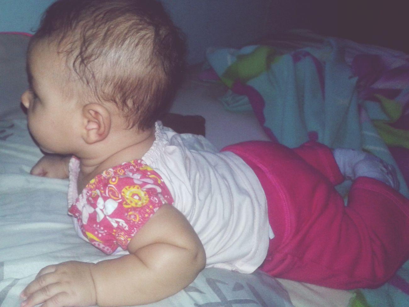 Minha vidinha linda da mae , mt esperta nem parece que tem 3 meses ... MãeAmaTanto