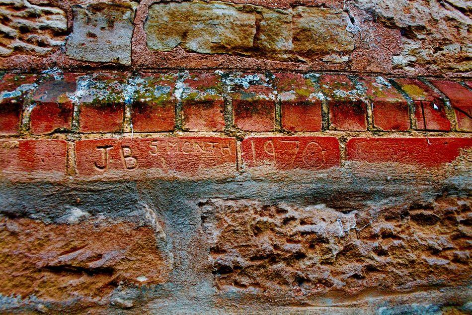GLADSTONE GAOL WALL Gaol Walls Sunset name in wall prisoners