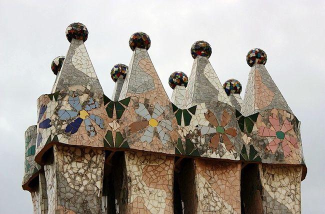 Gaudi Gaudi Barcelona Gaudi My View Design By Gaudi Barcelona Barcelona, Spain Chaminegaudi Barcelonacity Barcelona España Arquitectura Barcelona