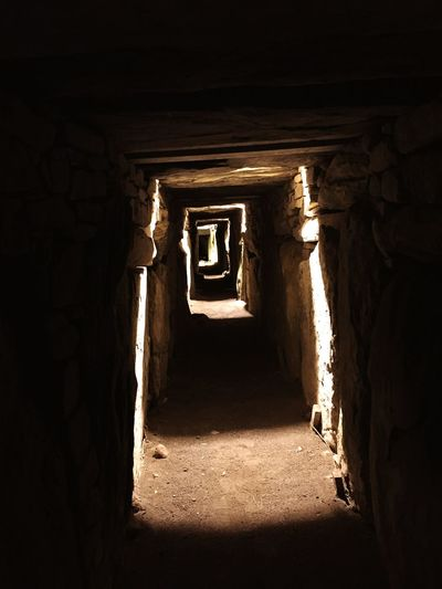 Tumb Ancient Civilization Indoors  The Way Forward Architecture Sunlight Built Structure No People Day ancient