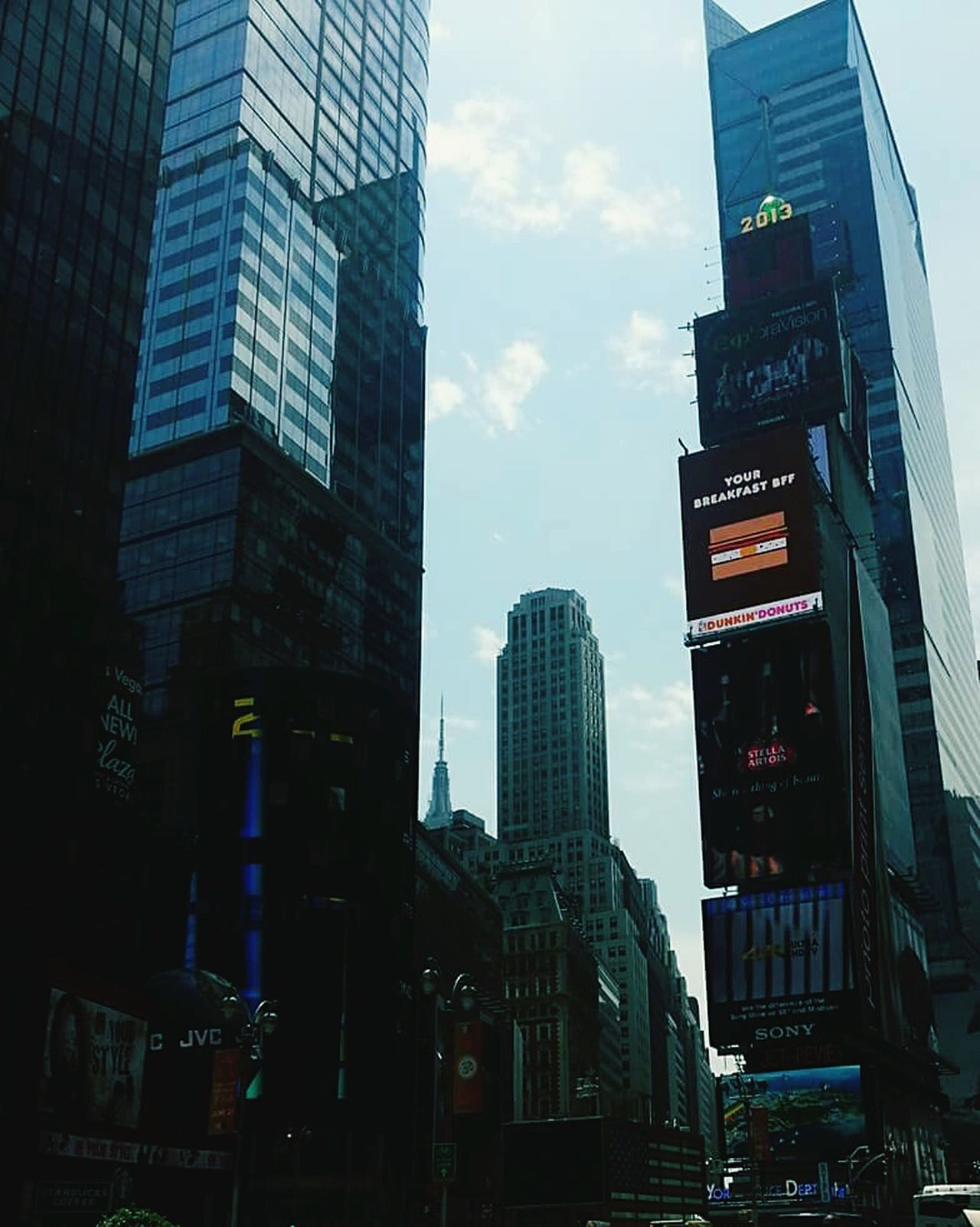 City Skyscraper Travel Destinations Travel Outdoors City Life NYC LIFE ♥ Time Square, New York Living Life To The Fullest❤ NYC Street Photography Livetotravel Livethemoment Love Life Live, Love, Laugh Love❤ Loving Life! Loveit Business Finance And Industry Architecture Urban Skyline Day Life Is Beautiful Downtown District Modern City Life
