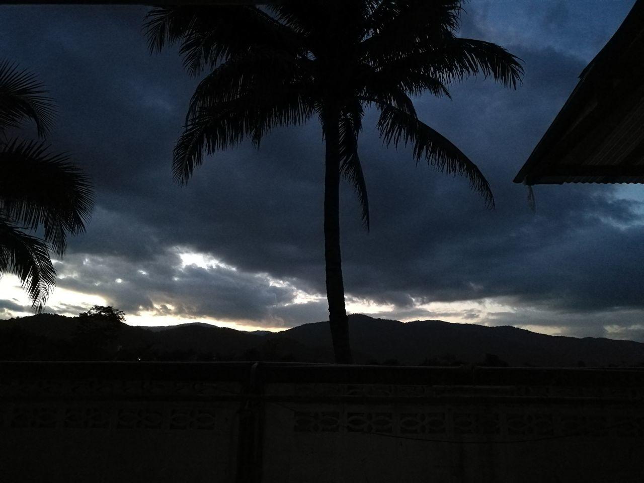 เมฆฝน ปลายฝนต้นหนาว