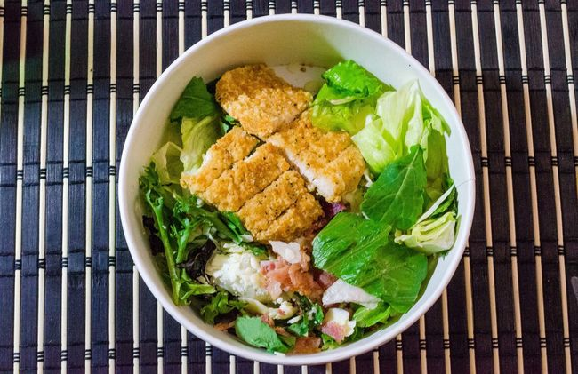 Bowl Chiken Salad Close-up Directly Above Food Food And Drink Freshness Healthy Eating HeathyEating High Angle View Indoors  Indulgence Meal Meat Plate Ready-to-eat Salad Salad Served Serving Size Still Life Table Vegetable