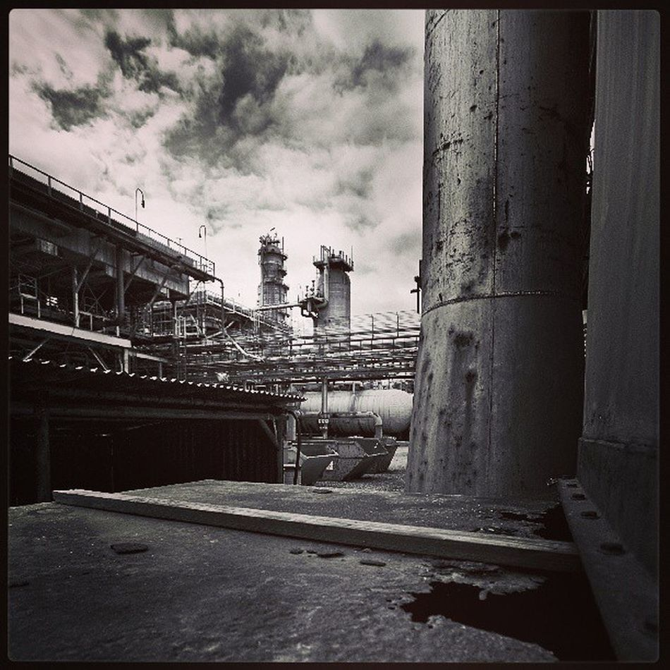 Refinery Oilgas Industry Clouds