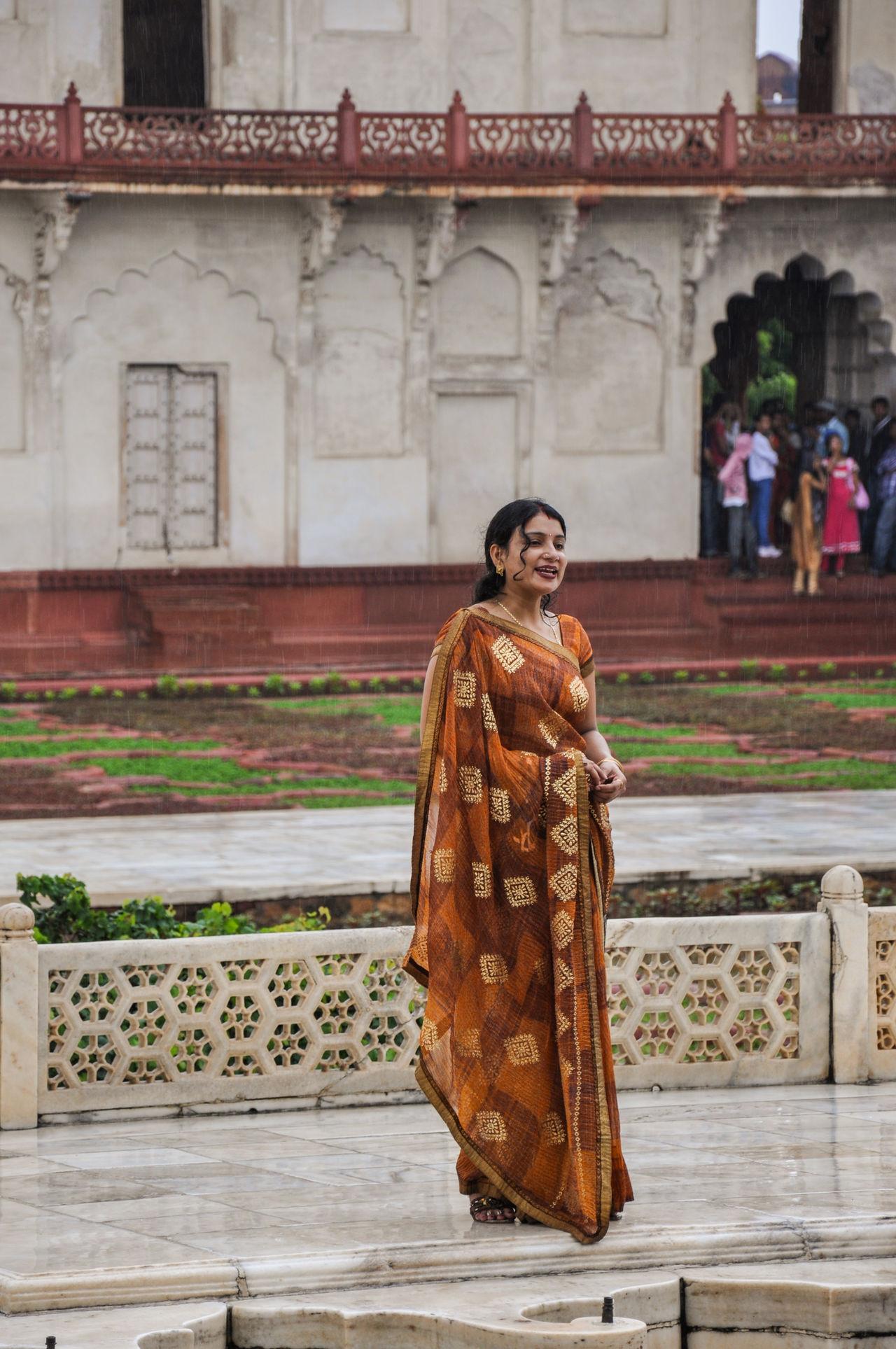 India Indian Women Indian Saree Delhi India Delhi. Indian woman posing for photos.