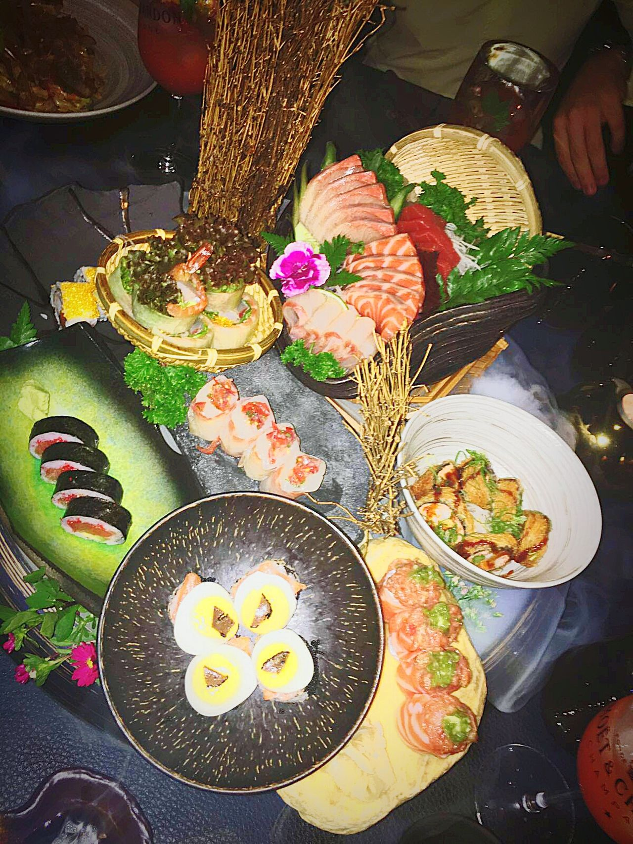 Sushi Time Sushiaddict Sushi Restaurant Sushilover Gourmet Food And Drink Healthy Eating Food