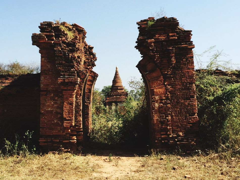 Bagan In #myanmar Myanmar Burma Asian  Archaeology Ruins Check This Out Scenics Burma Architecture Hello World Bricks Old Bricks Architecture Outdoors No People