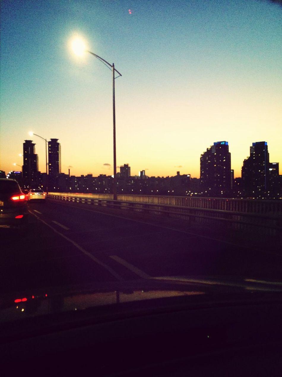 기분이 이상한 하루 Sunset Clouds And Sky Seoul View